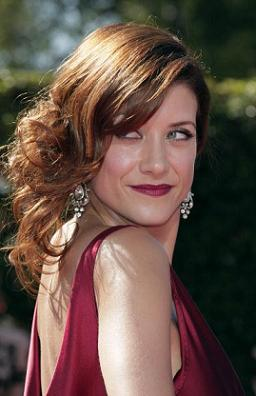 LOS ANGELES, CA - SEPTEMBER 16:  Actress Kate Walsh arrives at the 59th Annual Primetime Emmy Awards at the Shrine Auditorium on September 16, 2007 in Los Angeles, California.  (Photo by Kevin Winter/Getty Images)